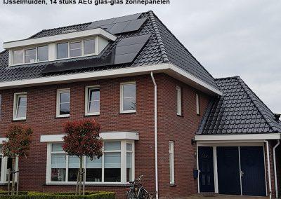 IJsselmuiden,-14-stuks-AEG-glas-glas-zonnepanelen