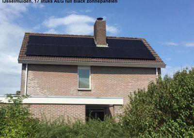 IJsselmuiden,-17-stuks-AEG-full-black-zonnepanelen